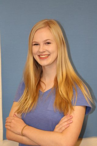 Claire Thomsen, Arts and Entertainment Editor
