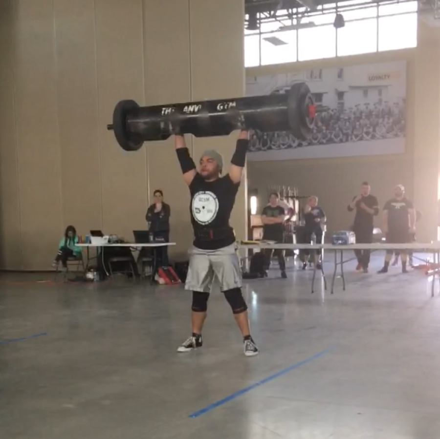 David+Baxter+competing+in+the+log+clean+and+press+event%2C+pressing+230+lbs.
