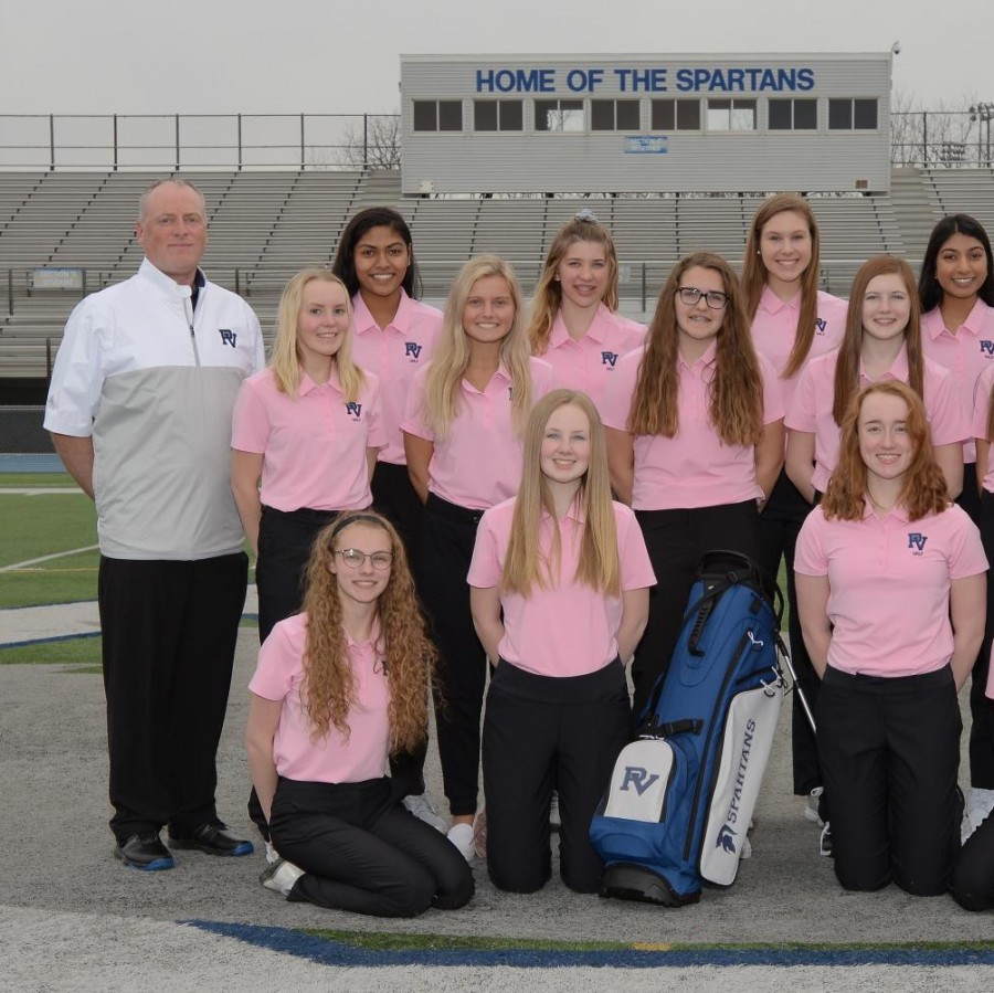 Although+small+in+numbers%2C+the+mighty+2018-2019+PV+Girls%E2%80%99+Golf+team+smiles+for+a+pre-season+photo.+The+underclassmen+dominated+team+is+coached+by+Mike+Nedelcoff+and+Sean+Kingery.%0A