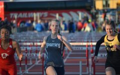Slideshow: Girls' track and field district meet