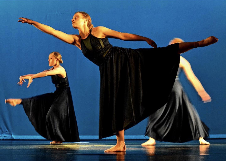 Senior Emma Tews performing at her dance recital at Holzworth Performing Arts Center.