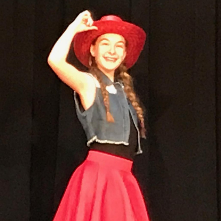 Corrine+Johnson+as+a+cowgirl+in+the+Family+Museum+Dance+Company%E2%80%99s+mini+production+of+%E2%80%9CToy+Story%E2%80%9D%0A