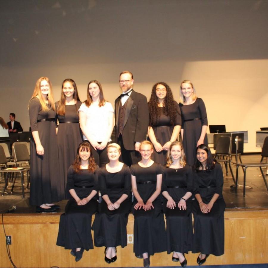+The+orchestra+seniors+with+their+teacher+Robert+Swinney.%0A