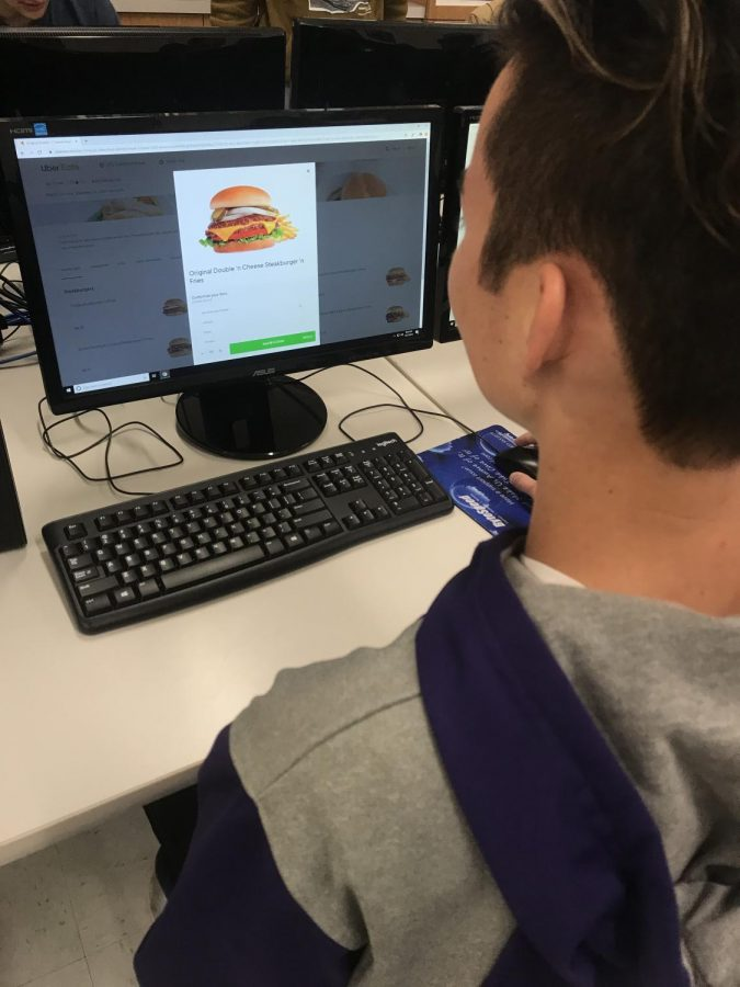 Nate Martell ordering Steak and Shake off UberEats for his lunch.