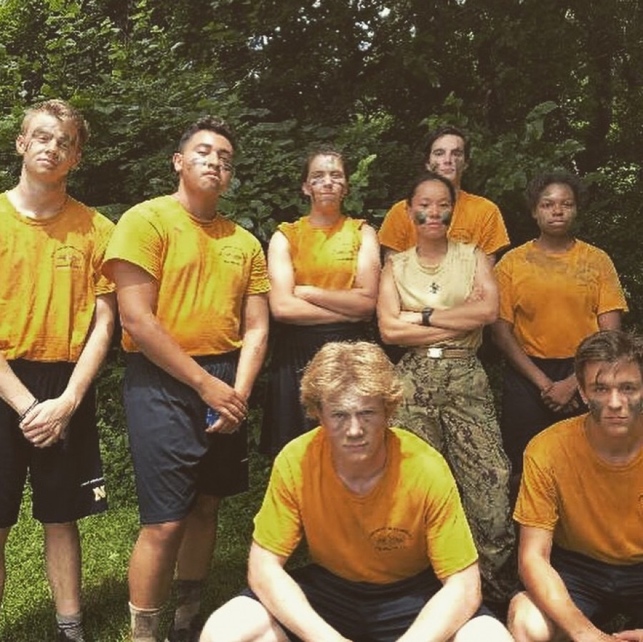 Senior+Maria+Vaaler+and+her+squad+train+at+a+Naval+Academy+Summer+Seminar.