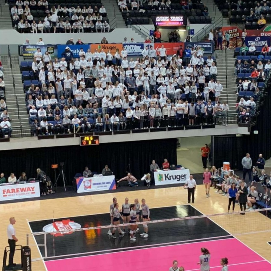 PV+students+support+the+girls%E2%80%99+volleyball+team+in+the+quarterfinals.