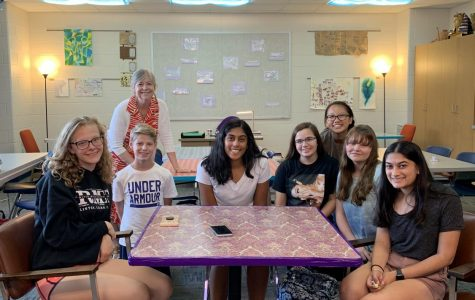 Environment club, featuring one of their leaders, Allison Suen, and advisor, Dr. Lundberg, gather together for a informational meeting and discussion on September 19th, 2019.