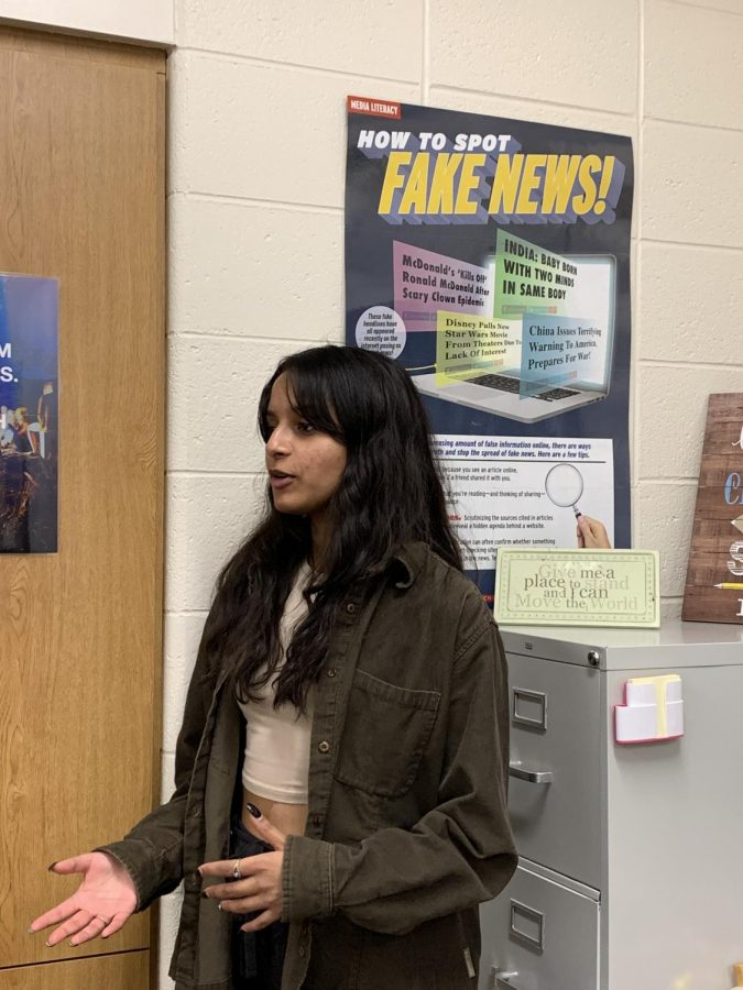 Senior+and+Editor-in-Chief+of+the+Spartan+Shield+print+publication+Allisa+Pandit+informs+students+on+the+importance+of+authentic+journalism%2C+a+virtue+of+Andrew+Callaghan+and+Channel+5+News.